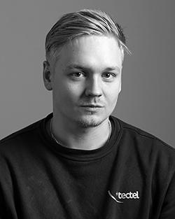 David Karlqvist : Elektriker